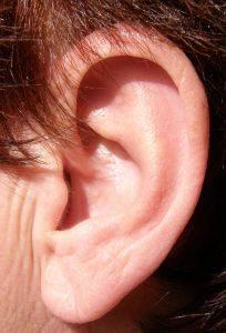 Acúfenos tratados con acupuntura