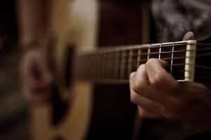 acoustic-guitar-1218440-m